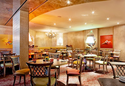 Decoración elegante de restaurantes con obras de arte Gaudifond