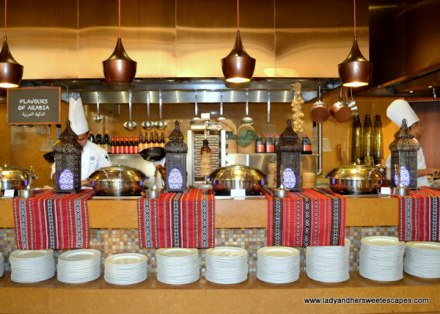 Arabic dishes in Liwan Rotana