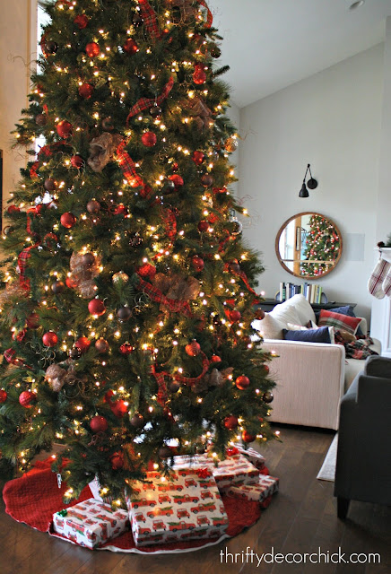 Tips to make a fake tree look full