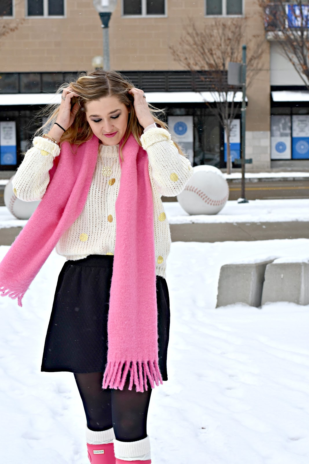 3b8acfdd2d0 How to Wear & Dress Up Hunter Boots for the Office {Snow Day Work ...