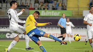 https://3.bp.blogspot.com/-7nXUBmXPDA8/VjSUHr8-UOI/AAAAAAAACf8/Bnkr16UJrH0/s400/Real-Madrid-vs-Las-Palmas.jpg