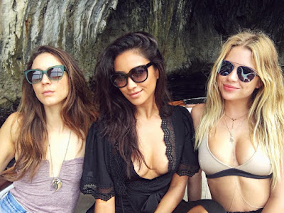 PLL stars Troian Bellisario, Shay Mitchell and Ashley Benson in Italy for Troian's bachelorette party #bellisariogetsbooted