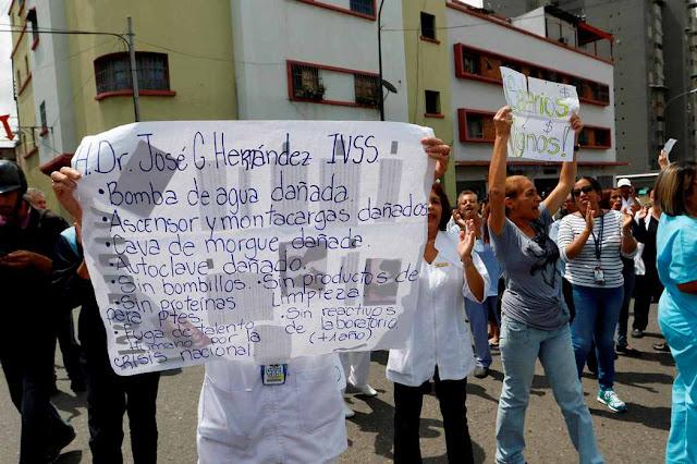 Familiares denuncian que los pacientes viven de la caridad de las fundaciones