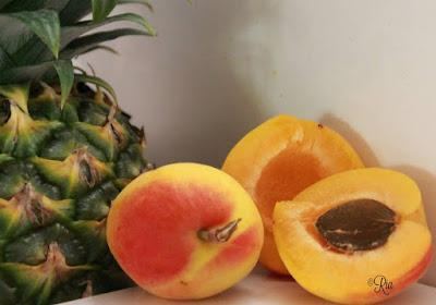 Ananas en abrikoos