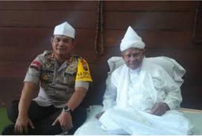 Kunjungi Syekh H. Hasyim Al Syarwani, Kapolres Langkat Minta Doa Pelaksanaan Pilpres Aman dan Kondusif