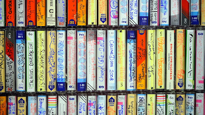 9 Easy Ways to Brighten Someone's Day | 2. Make a mixed tape