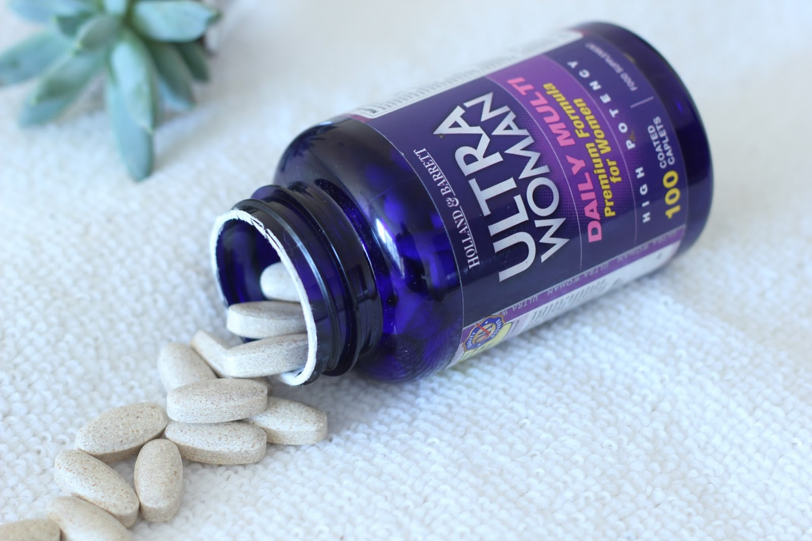 Picture of daily multivitamins for women