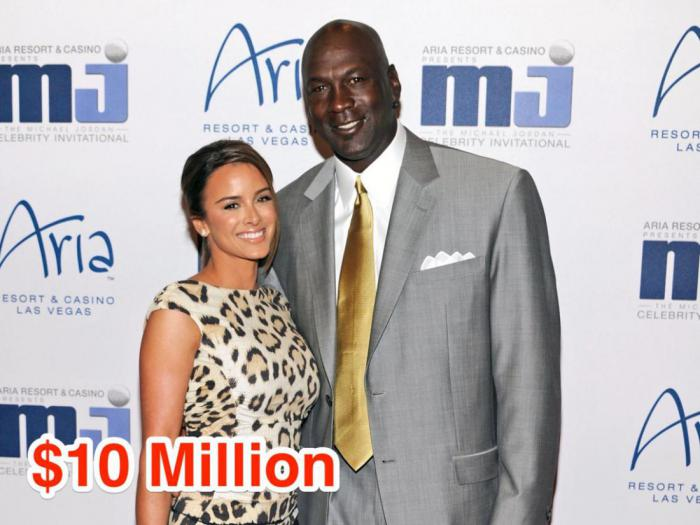 18-Michael Jordan and Yvette Prieto