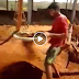 Sieving soil in a very funny way VIDEO