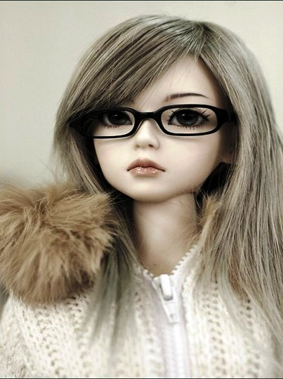 Cute Dolls Wallpapers For Facebook