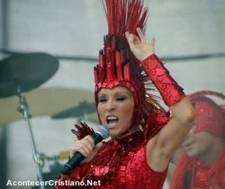 Yuri participa de Carnaval de Mérida