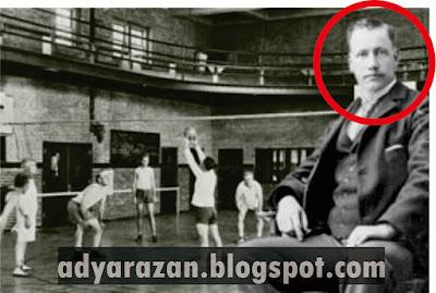 Dia merupakan salah satu tokoh yang terkenal pada masanya Biodata dan Profil William G Morgan Sang Penemu Bola Voli