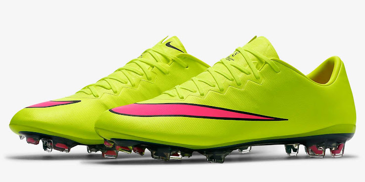 outlet store dfc42 76283 Volt   Pink Nike Mercurial Vapor X 2015 Boot Released - Footy Headlines