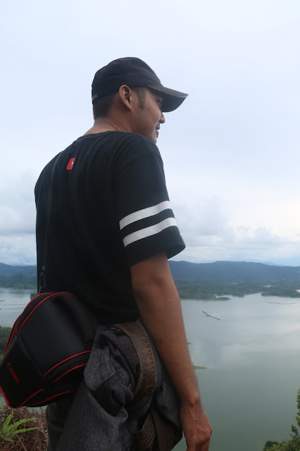 jikalau anda mengenal Pulau yang terdapat di Papua yang sangat populer adalah Ulu Kasok, Raja Ampatnya Kabupaten Kampar