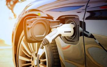 Tín dụng thuế xe điện (EV tax) và các chính sách tiện ích thúc đẩy xe điện ở Mỹ hoạt động như thế nào?