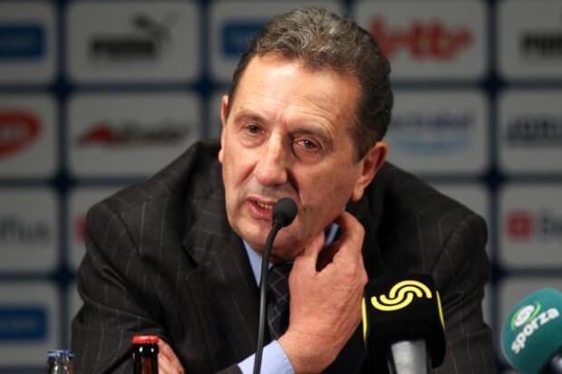 مدرب المنتخب الجزائري