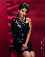 Iswarya Menon Glam Stills HeyAndhra.com