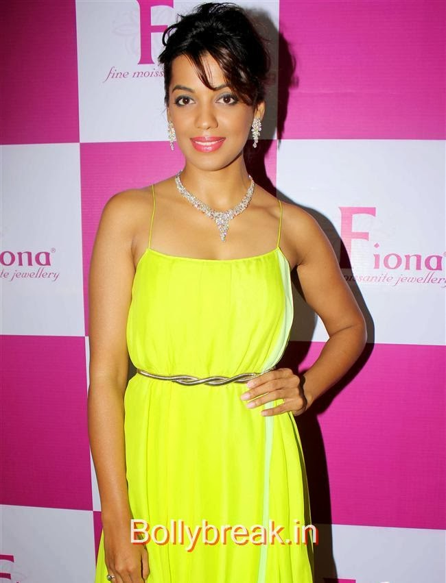 Mugdha Godse, Mugdha Godse at Fiona Jewels Store Launch