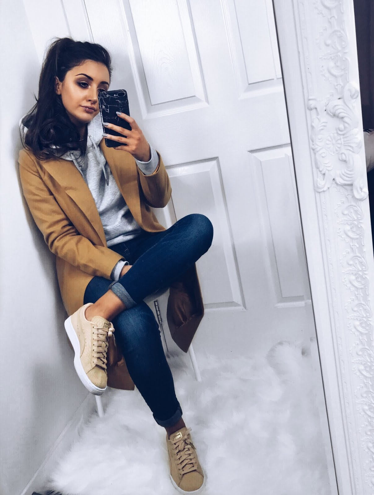 BACK TO BASICS | How to dress down a smart trench coat