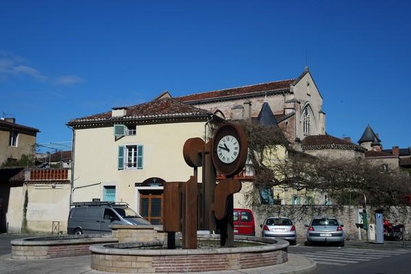 cahors vieille ville horloge monumentale