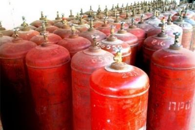 Украинцам надо меньше есть! Правительство Гройсмана потребовало от селян отказаться от газа