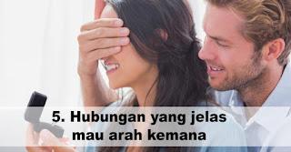 Cowok yang setia menjalin hubungan akan membawa Hubungan yang jelas mau arah kemana