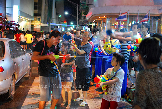 Night Songkran in Hat Yai