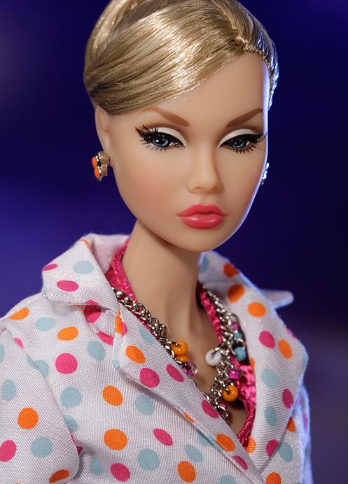 Light Blonde Hair Dark Eyebrows