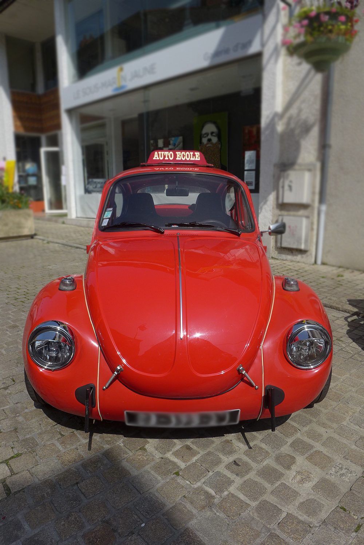 rassemblement voitures vintages Coccinelle volkswagen auto-école legendary station driving school, ad cholet,  à Clisson