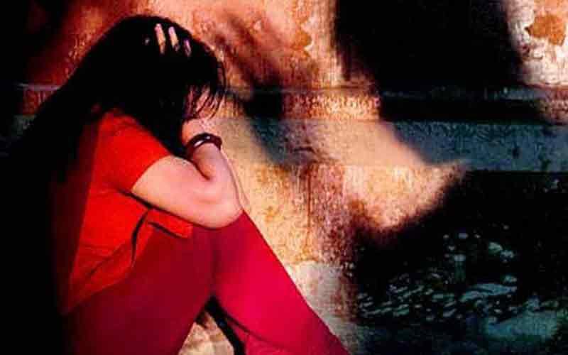 Πολυπολιτισμική ενημέρωση: Μπαγκλαντεσιανός βίαζε ανήλικα κορίτσια στον Άγιο Παντελεήμονα...