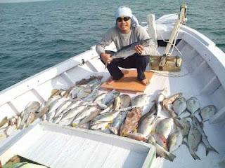Kapal mancing Pulau Tunda KM Saputra Jaya