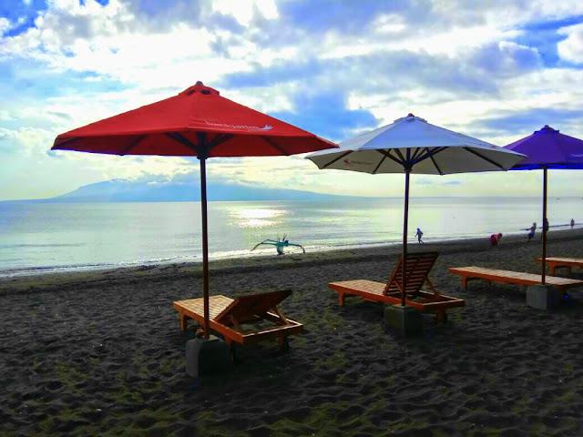 Pantai Syariah pertama di Indonesia