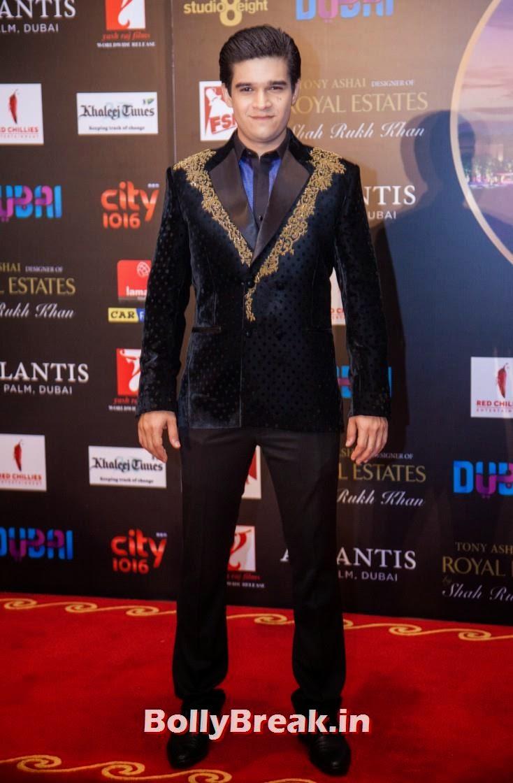Vivaan Shah, Happy new Year Dubai Premiere Photos