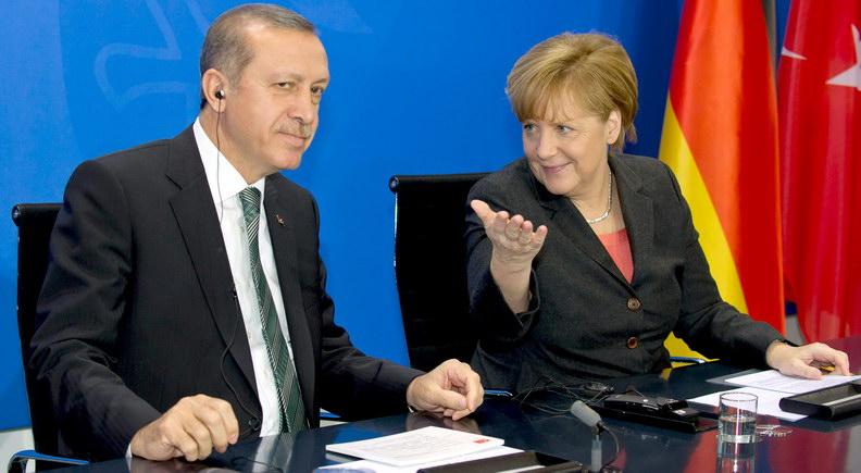 Η Τουρκία στηρίζει ενεργά ισλαμιστικές και τρομοκρατικές οργανώσεις - Τρομοκράτης ο Ερντογάν