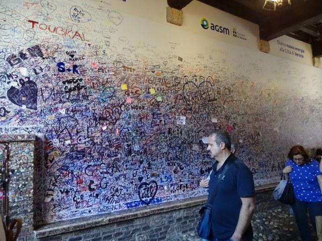 muro del amor Verona grafiti mensajes amor