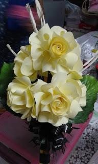 ดอกไม้จันทน์แฟนซีแบบช่อประธานเล็ก