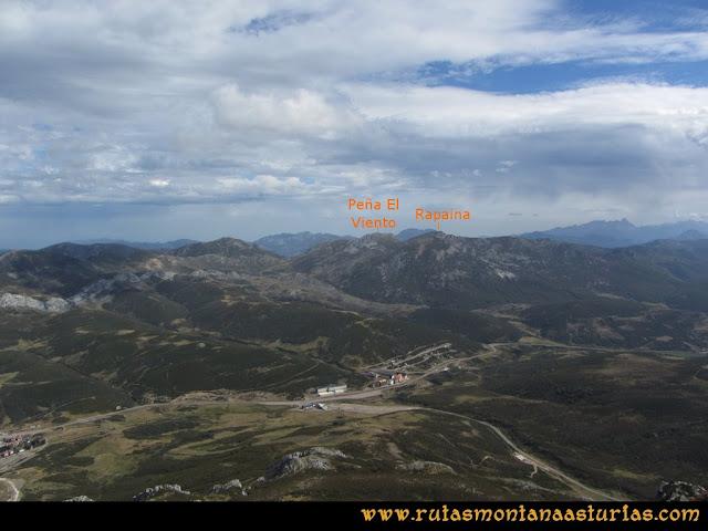 Ruta Pico Toneo y Peña Agujas: Vista a la Peña El Viento y Rapina desde el Toneo