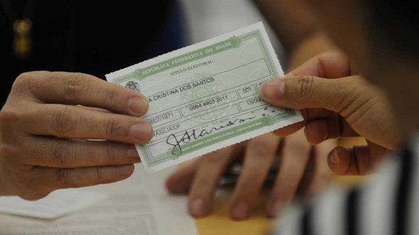 Prazo para retirar ou transferir título de eleitor vai até 4 de maio, diz TSE