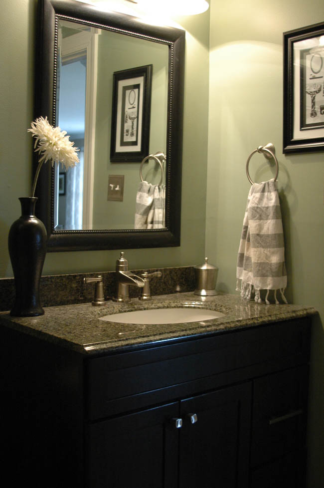 Hall bathroom before vintage modern makeover
