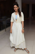 rakul preet singh cute photos-thumbnail-18