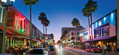 Clematis Street, West Palm Beach, Florida