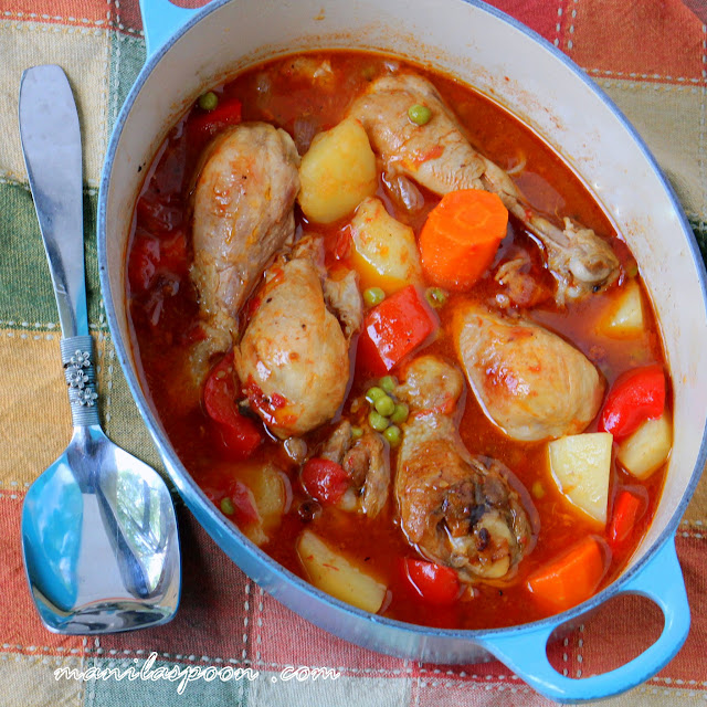 Tender and delicious chicken slowly simmered in seasoned tomato sauce - CHICKEN AFRITADA! Enjoy with some rice and drizzle the sauce all over!   manilaspoon.com