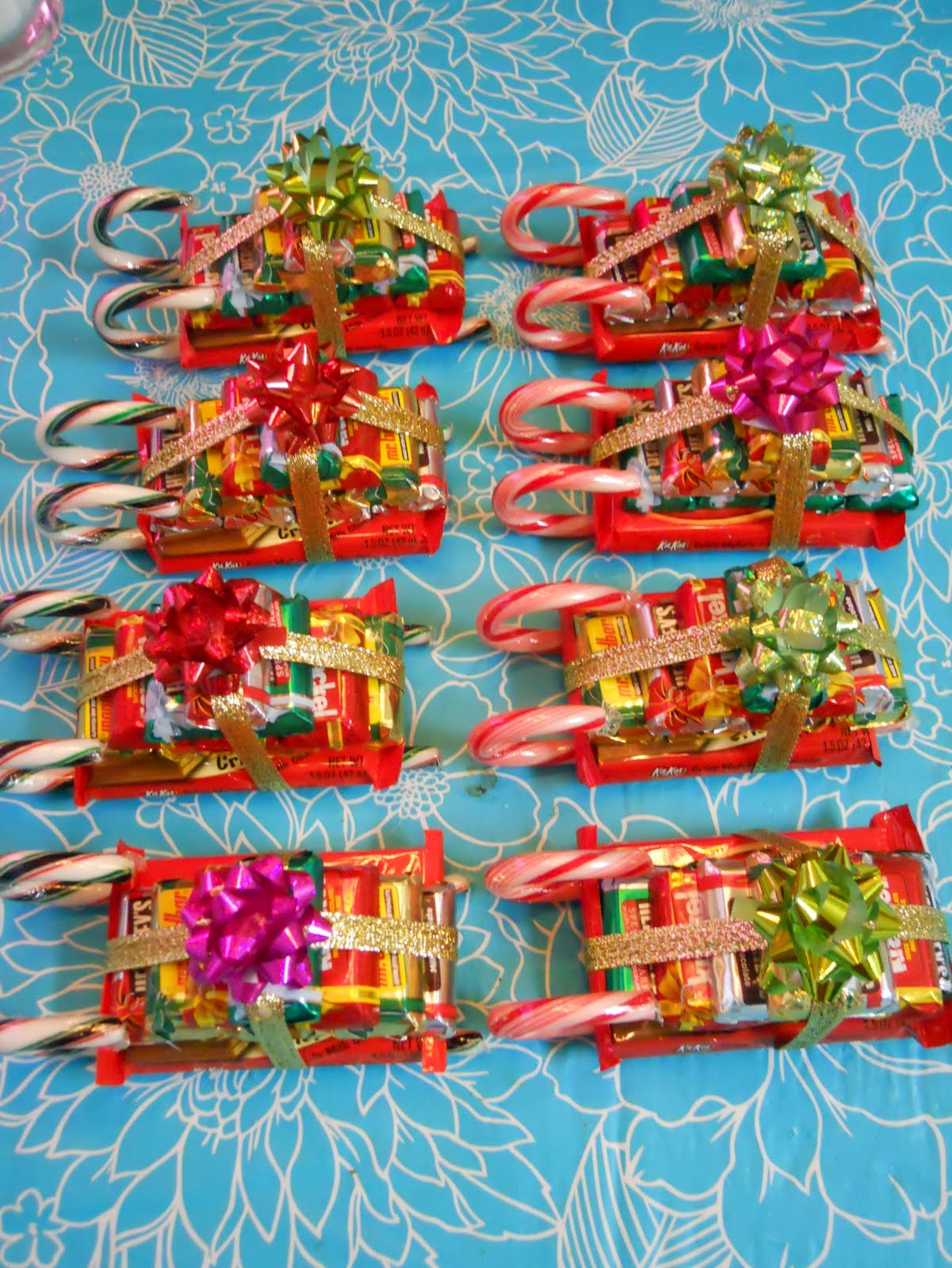Candy K Whatlucyloves: Ellyn's Place: Candy Sleighs