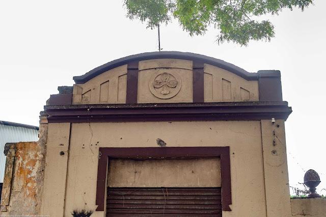 detalhes de uma garagem