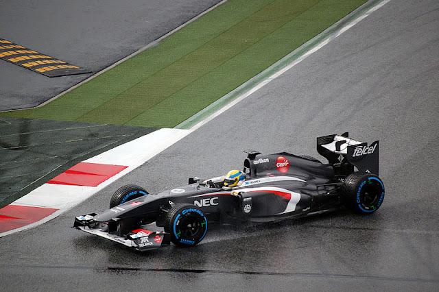 Gambar Mobil Balap F1 Sauber 02