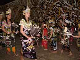 Tari-Tradisional-Kondan-Berasal-Dari-Kalimantan-Barat