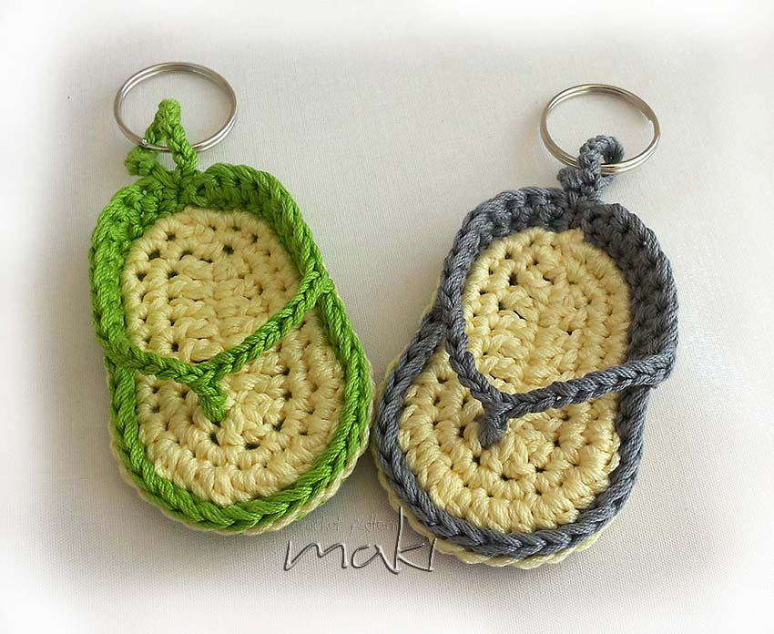 FREE CROCHET PATTERN: Flip flop key chain