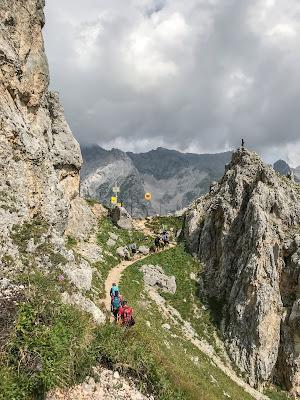 Übers Gatterl auf die Zugspitze  Alpentestival Garmisch-Partenkirchen   Gatterl-Tour auf die Zugspitze über ehrwalder Alm und Knorrhütte 07