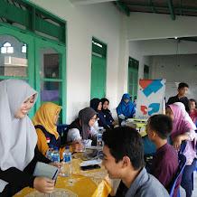 Solopeduli Kerjasama Dengan Remaja Masjid Al Himmah Karanganom Adakan Pengobatan Gratis