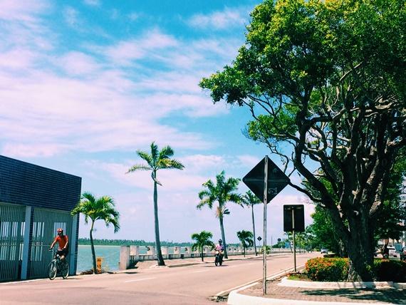 dia de sol calor aracaju sergipe praia avenida atalaia mercado